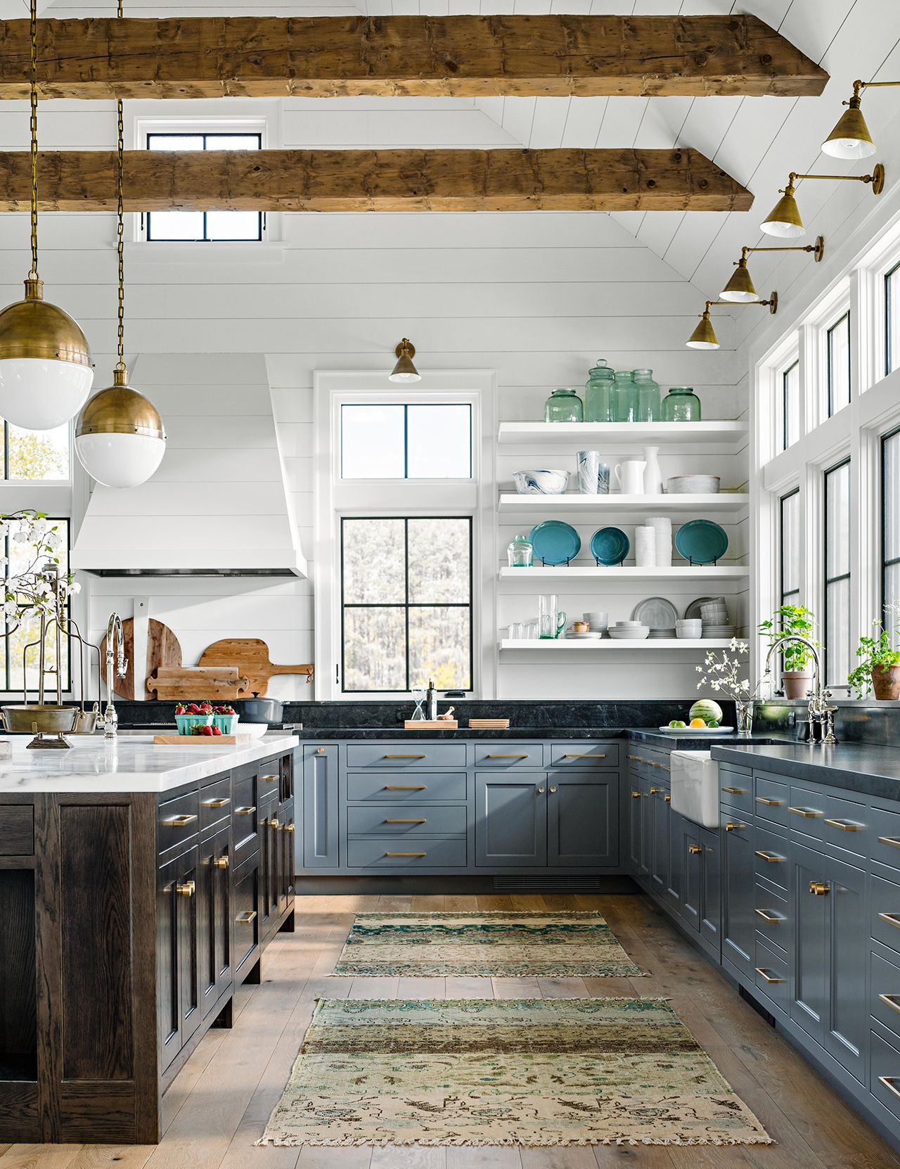25 Winning Kitchen Color Schemes For A Look You Ll Love Forever Kitchen Colour Schemes Kitchen Cabinet Colors Farmhouse Kitchen Colors