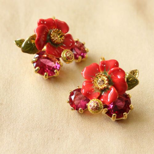 Costume-Fashion-Earrings-Studs-Enamel-Flower-Red-Leaves-Vintage-Gift-Events