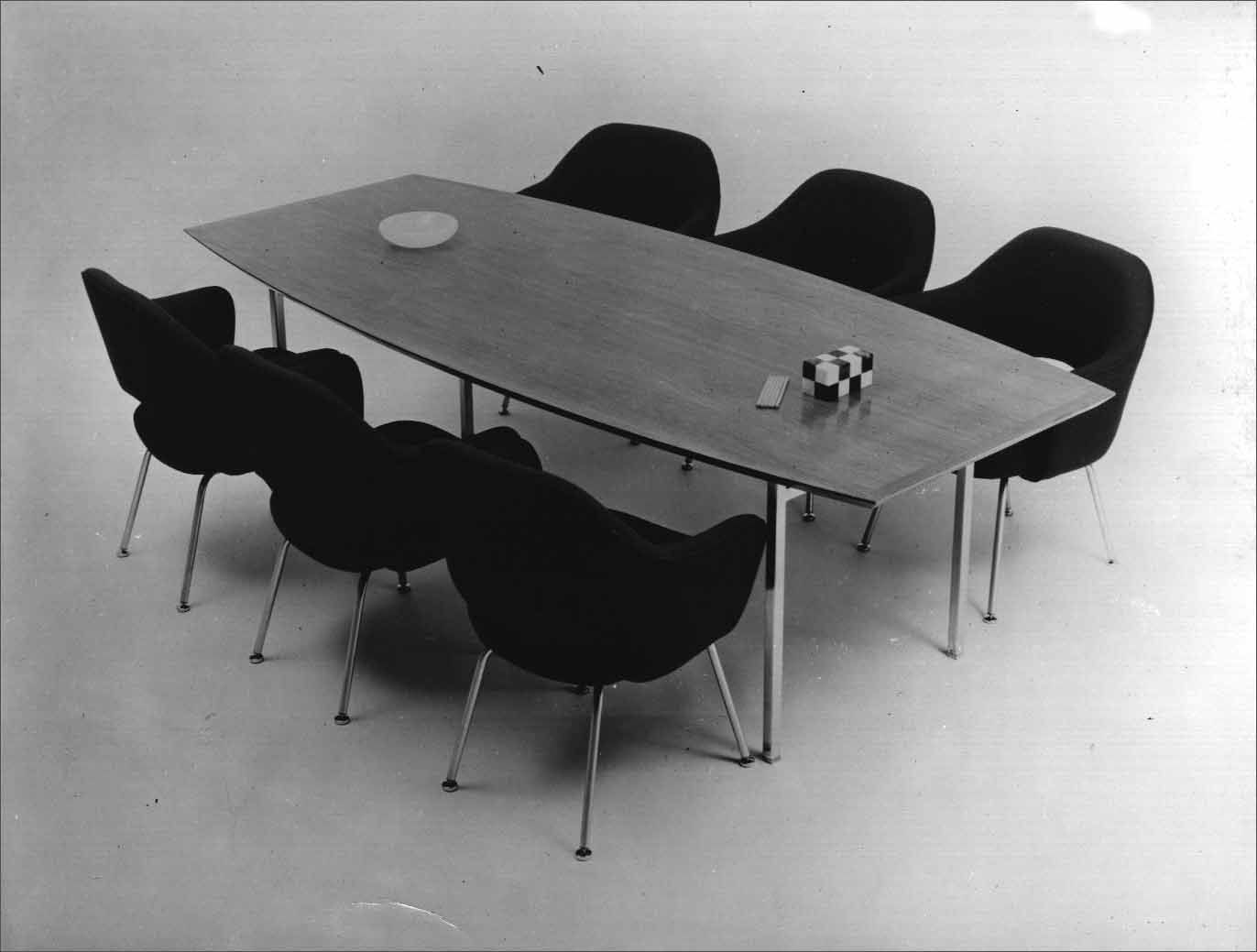Florence Knoll Collection Boat Shaped Conference Table