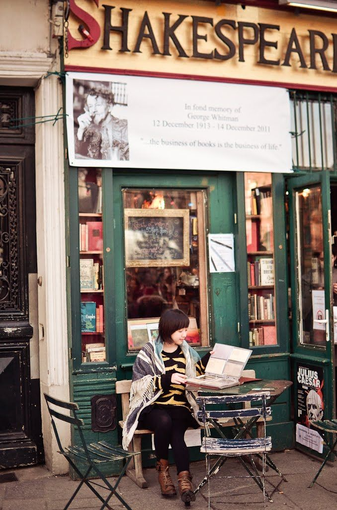 Shakespeare n Company (Bookstore)