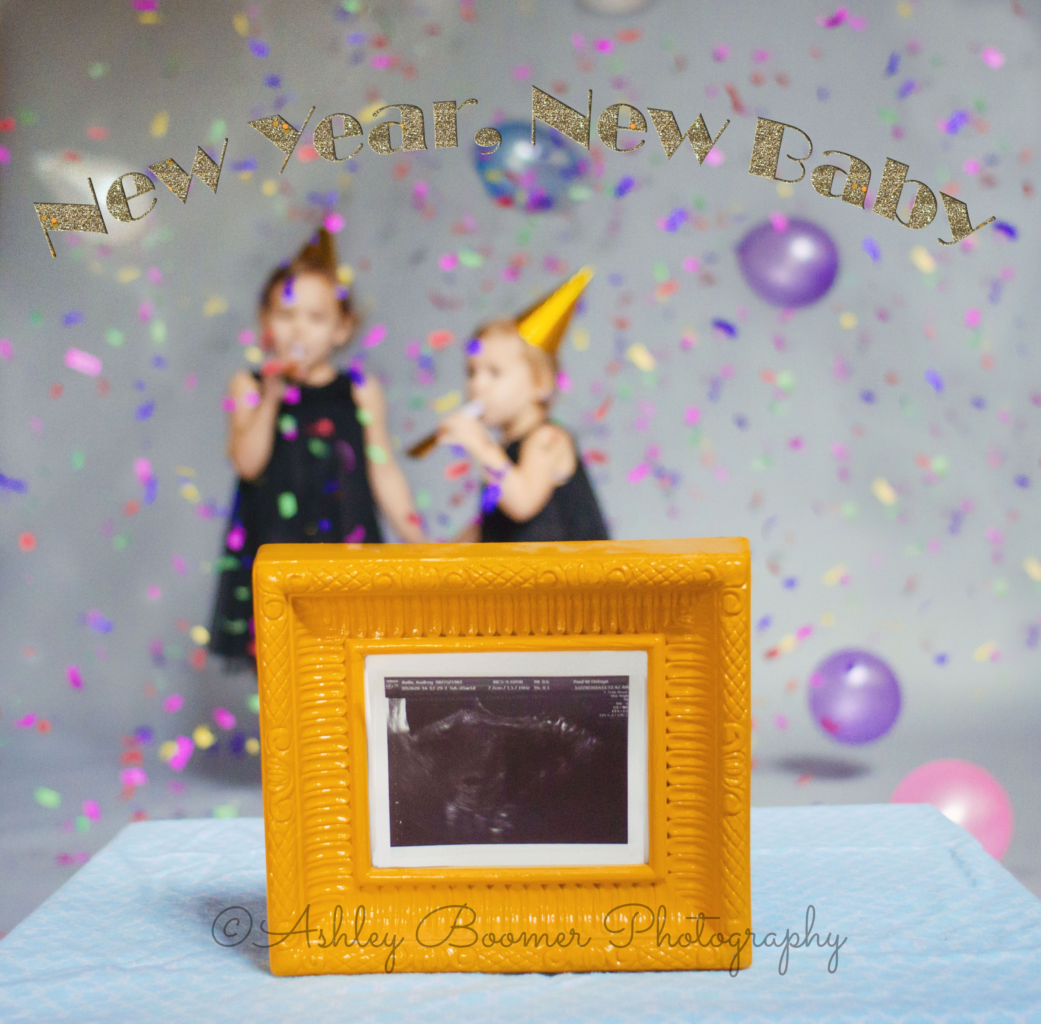 New Years pregnancy announcement with siblingssisters – Baby Announcement Party