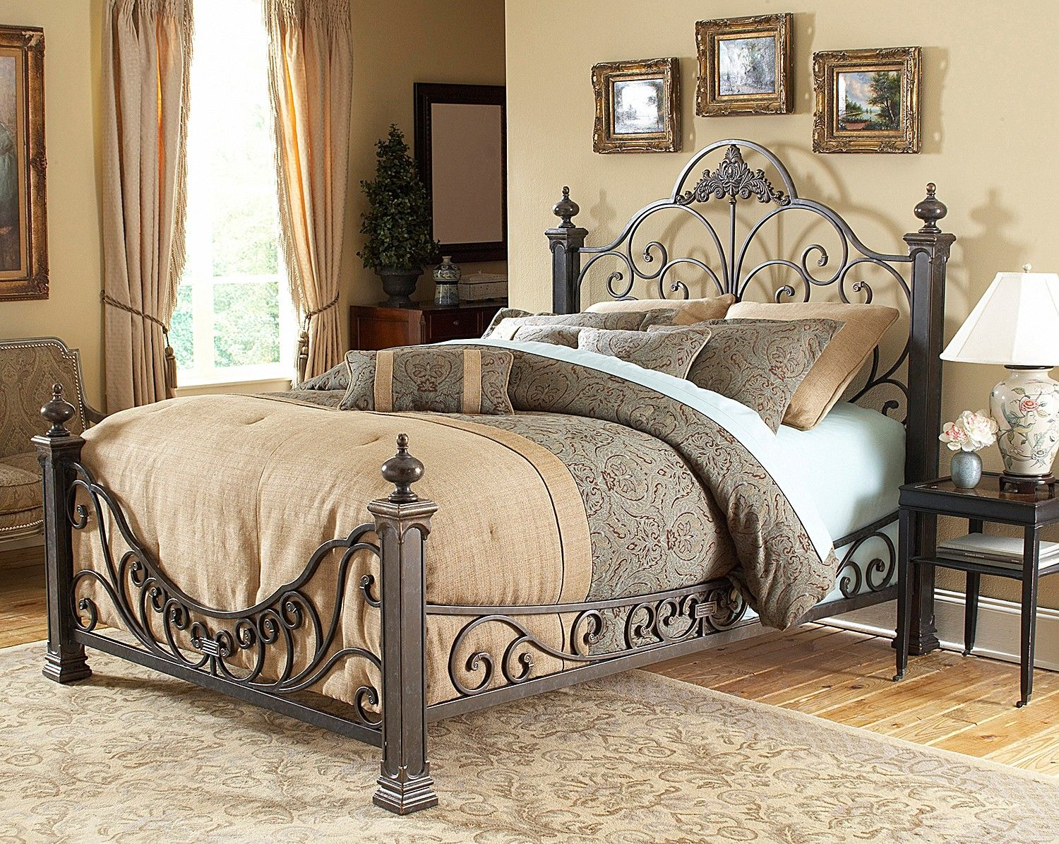 Talon Bedroom King Bed Leons Love This One Very Elegant Without Over Statement Baroque Bed Bed Styling Iron Bed