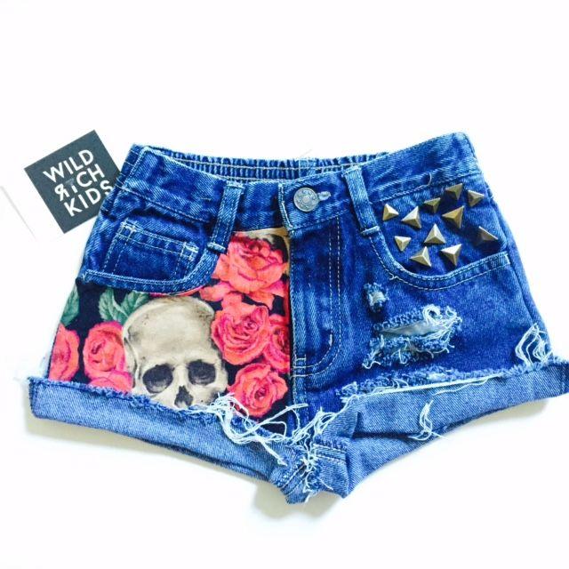 Skull+roses shorts