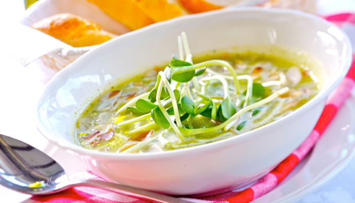 Zucchini-Cremesuppe #soup #zucchini #sprouts #veggie #yummy #food #fotd #healthy
