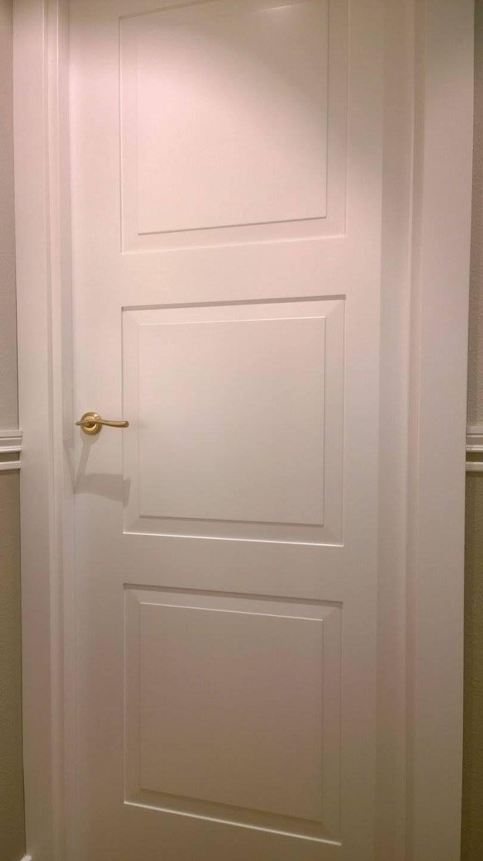 Puerta lacada modelo 9300z serie lifestyle de puertas for Puertas semi macizas blancas