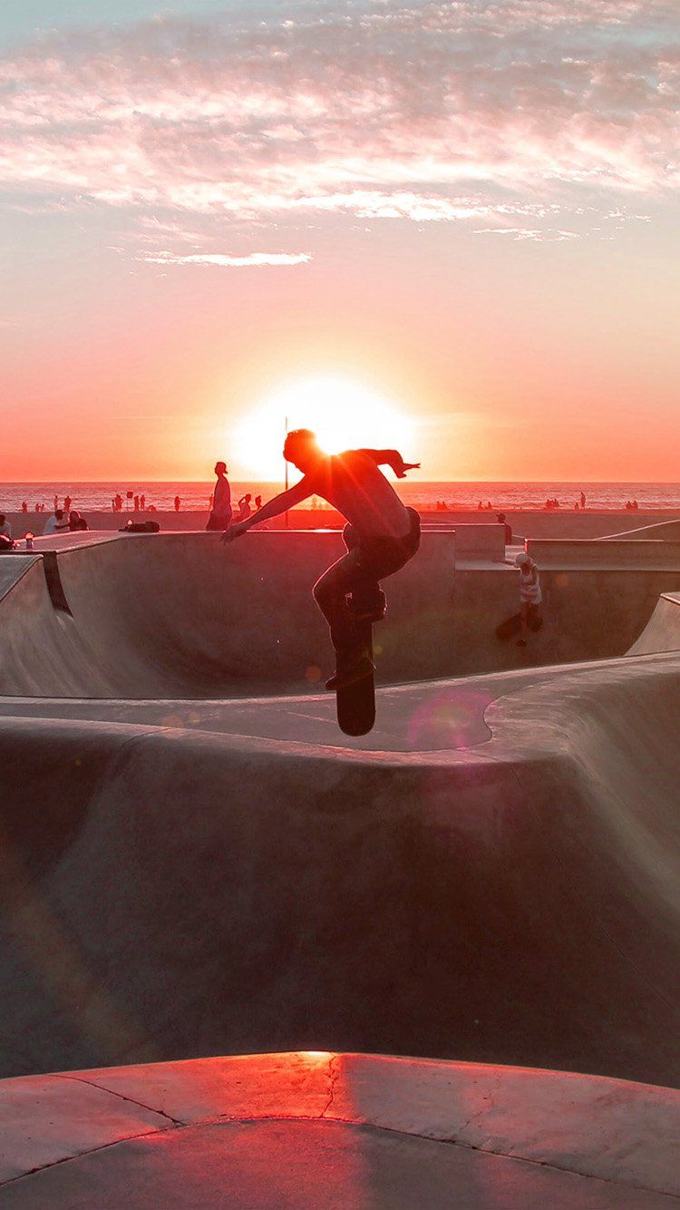 SKATEBOARD EXTREME SPORTS SUMMER FLARE RED WALLPAPER HD