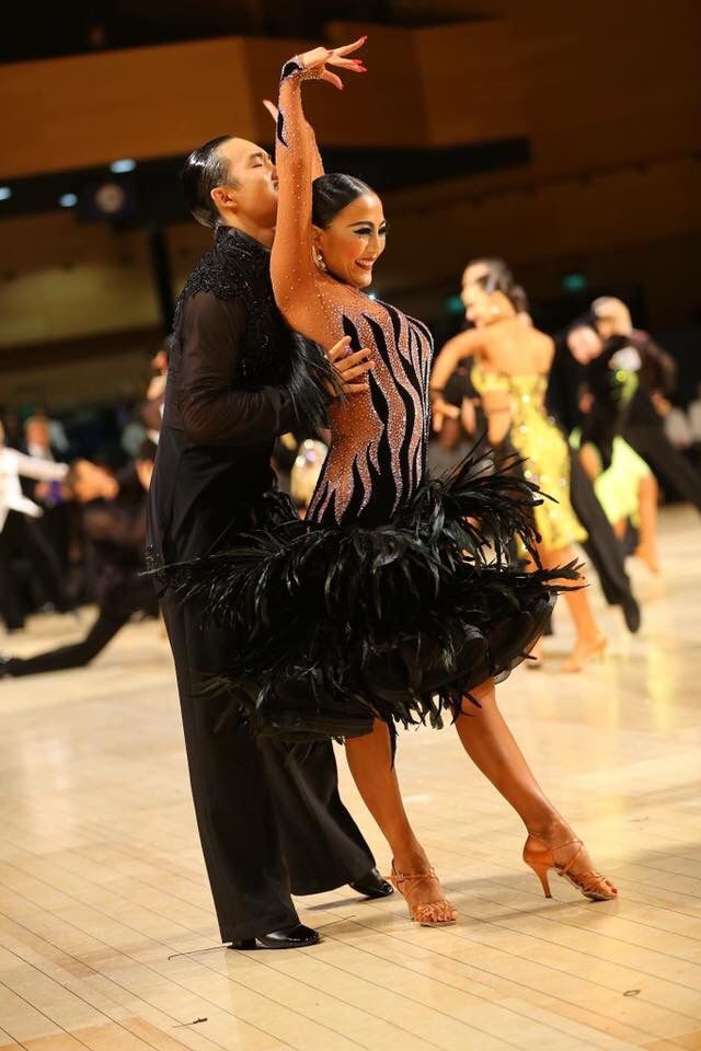 Source:Vera Design Dance Clothes
