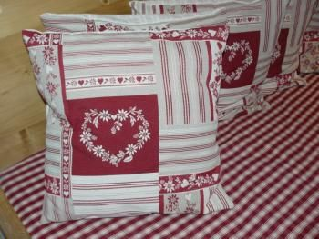 patron coussin patchwork pacthwork pinterest patchwork coussin patchwork et couture. Black Bedroom Furniture Sets. Home Design Ideas