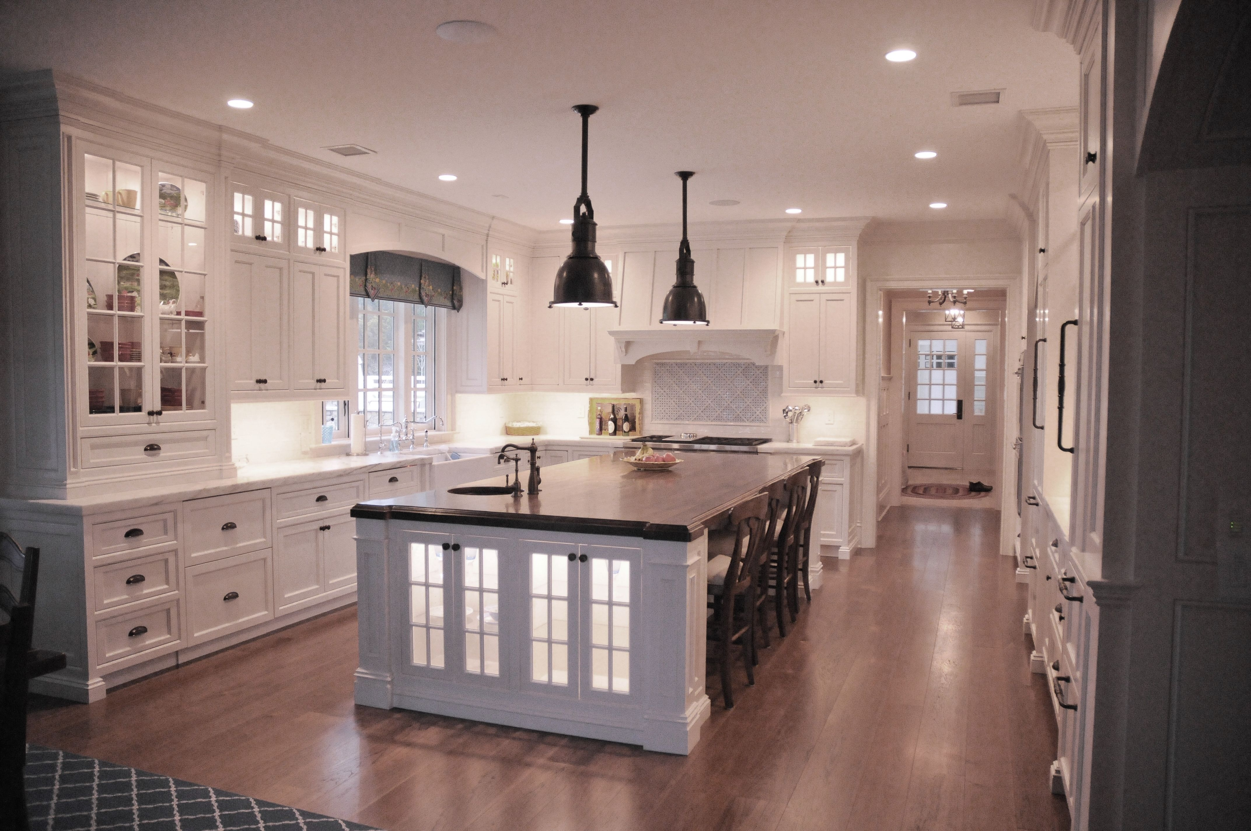 White Kitchen Beach House Glass Lower Cabinets Wood Island Top Retro Style Pendent Lighting Matte Black Fixtures Wood Island White Kitchen Wood Island Top