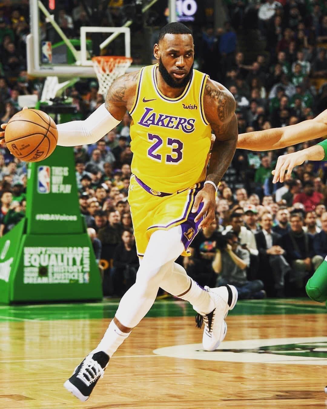Follow Me Lajamesfans For More About Lebron James Kingjames Lakers Gang Lebron James Lebron James Lakers King Lebron James
