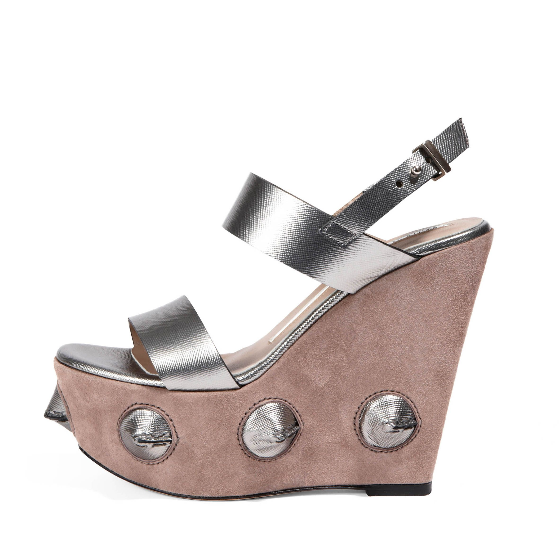 Taupe/Steel Metal Cone Wedge