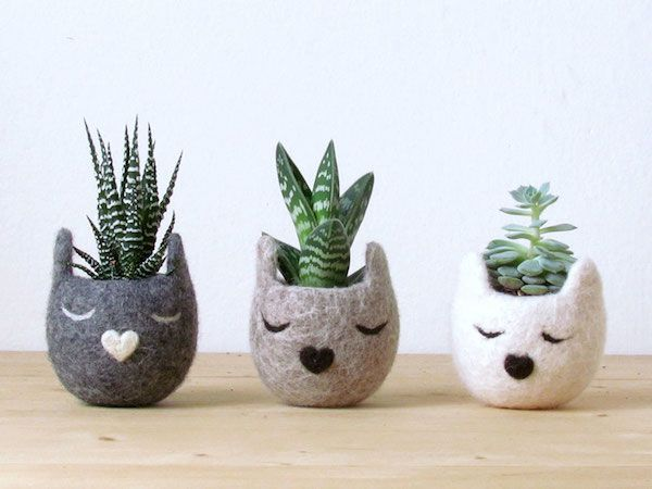 Dress Up Your Potted Plants In These Handmade Felt Vases That Look Like Animals - DesignTAXI.com