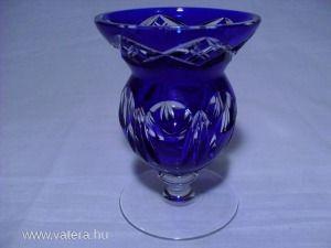 Kék csiszolt üveg talpas kehely - váza