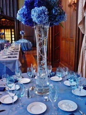 Shades of blue wedding, Kohl Mansion- joce, why chose 1 shade ...