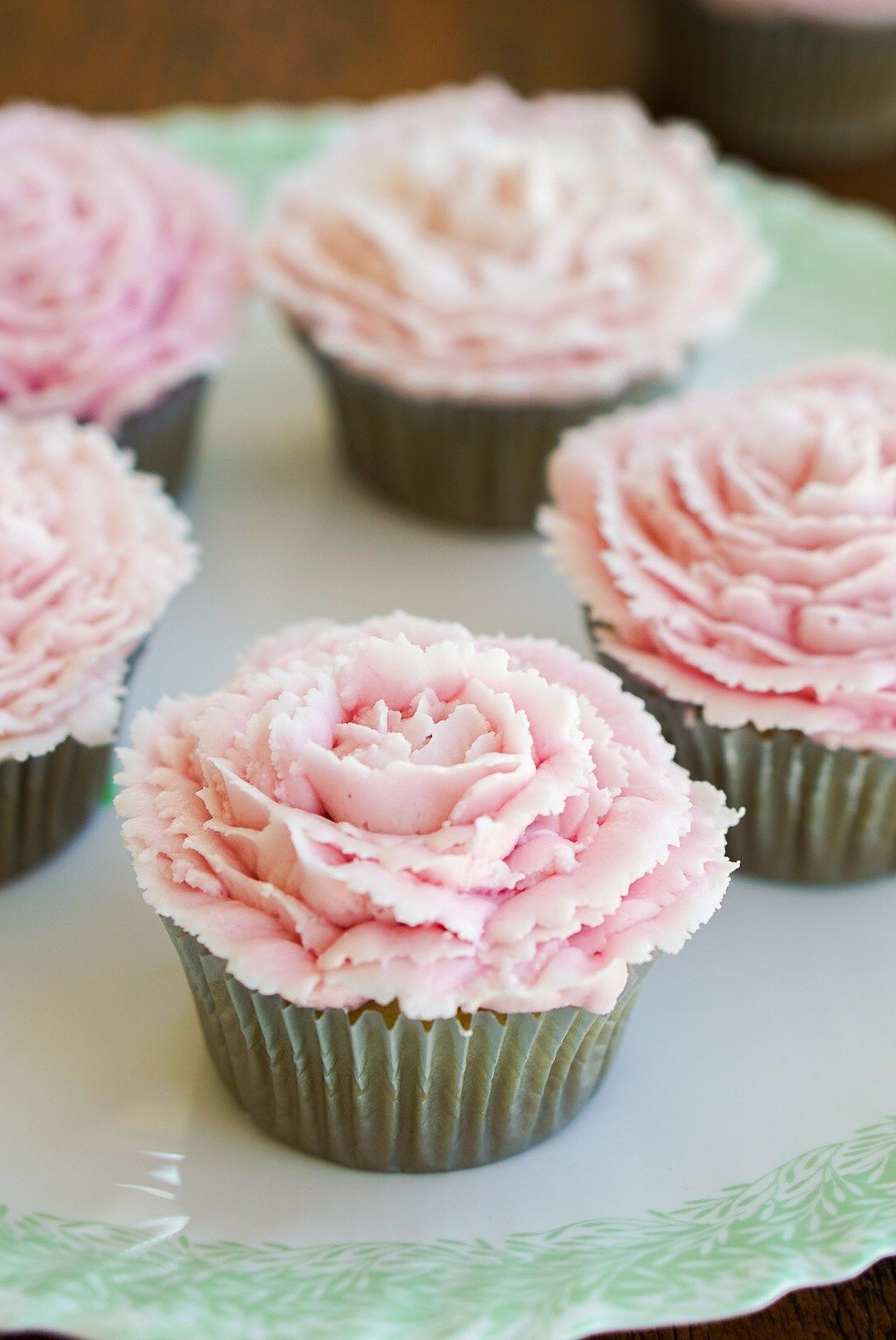 Vegan Cardamom Rose Cupcakes Light And Fluffy Vanilla Delicately Spiced With Perfumed Rosewater Topped A Pretty Pink