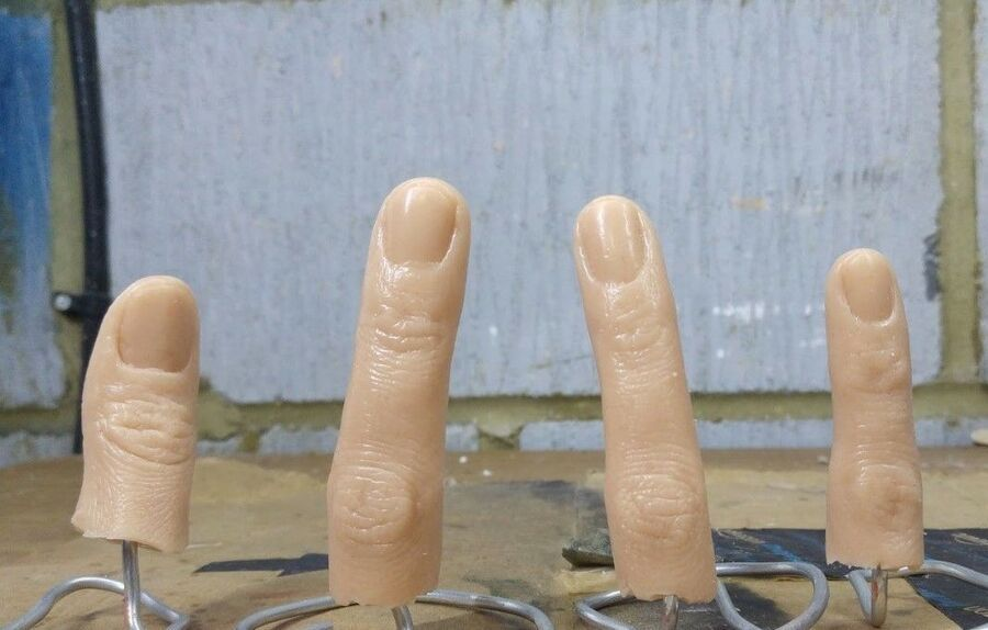 realistic film quality  silicone casts of real fingers prop macabre. HORROR FINGER NECKLACE real flesh feel