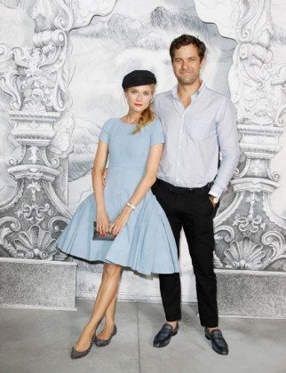 Diane Kruger pulls off a newsboy cap. Further proof she is a superior species. http://lcky.mg/MZLHTN