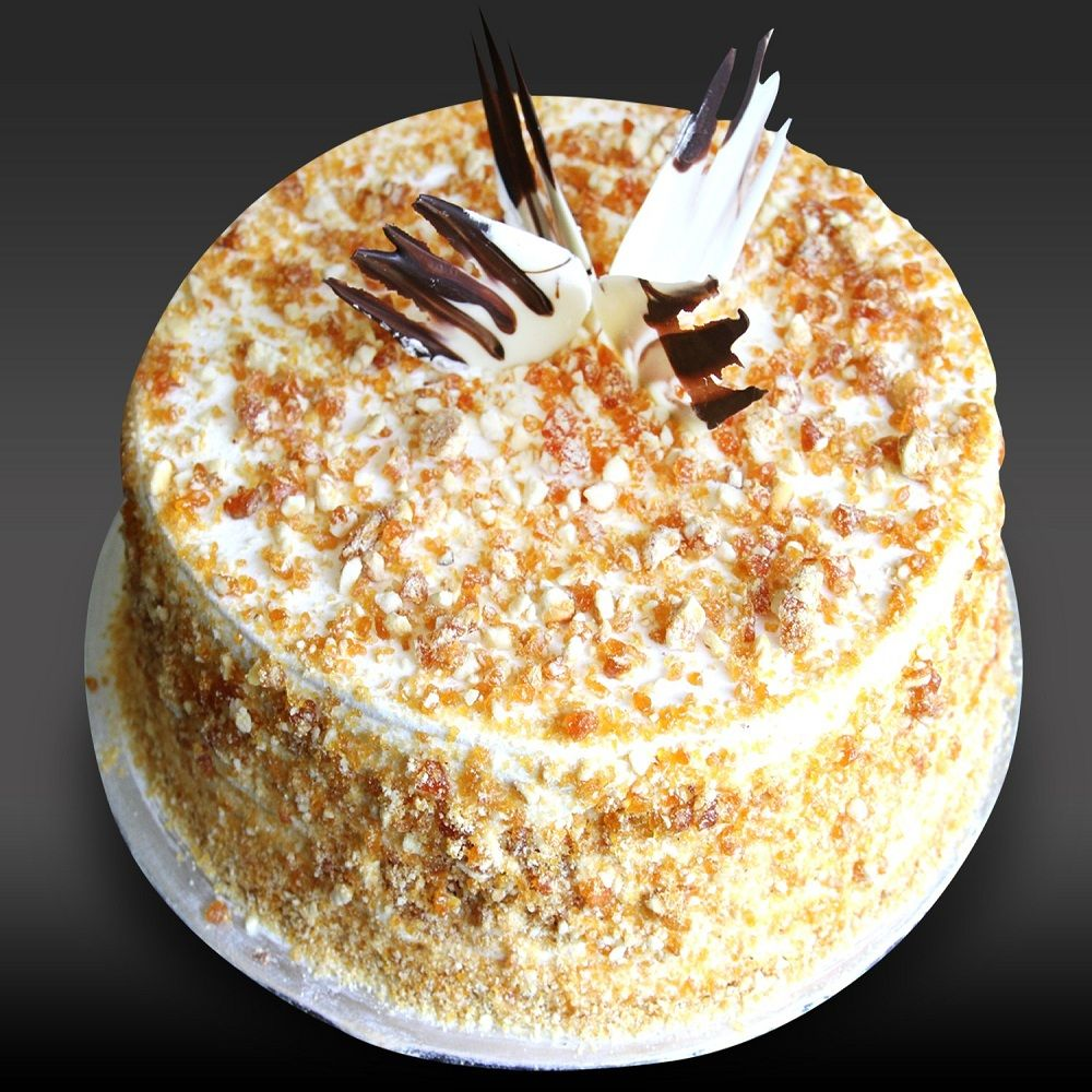 Send Cake Online In Bangalore Butterscotch Cake Cake Flavors Yummy Cakes