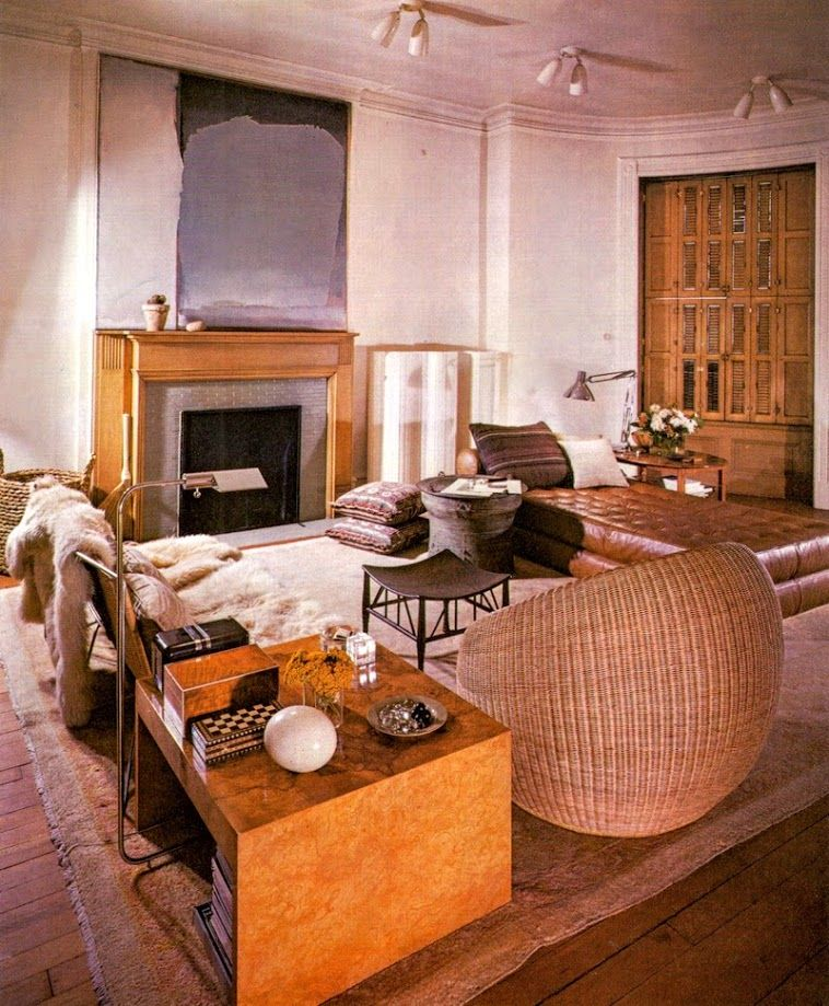 Living Room Translate To Indo: Saladino Apartment Several Decades Ago. This Style Would