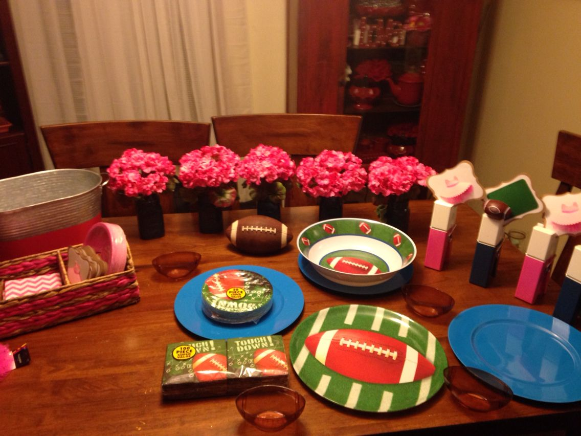 Table Decorations for Touchdown Or Tutu Baby Reveal Party ...