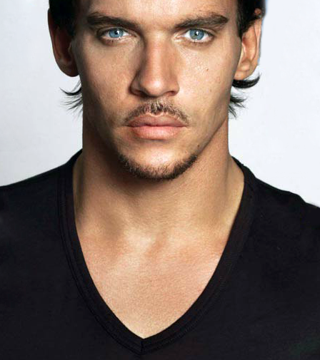 Jonathan Rhys Meyers - Henry the VIII in The Tudors, which, by the way, is a FABULOUSLY sexy soap!!