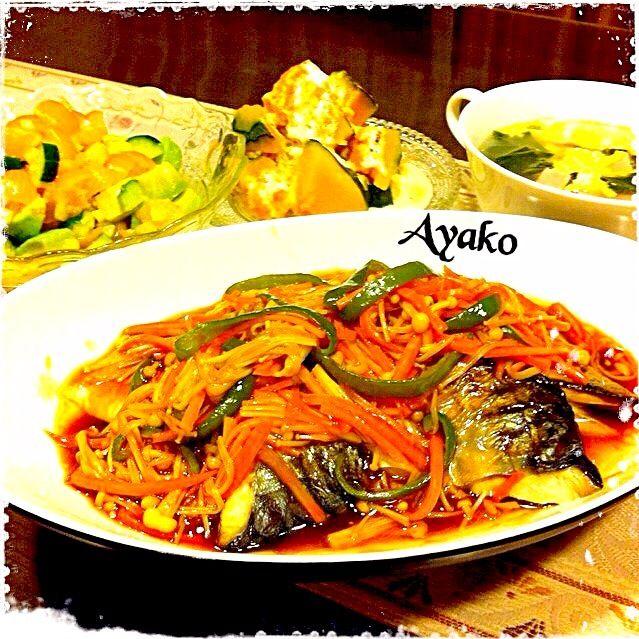 今日は、冷蔵庫のお掃除(*^^*) さばの野菜あんかけは、さばに野菜あんが絡んで美味しかった - 127件のもぐもぐ - さばの野菜あんかけ、アボカドとトマトのサラダ、ホクホク南瓜のシナモンマヨネーズソース、青梗菜とベーコンの卵スープ by ayako1015