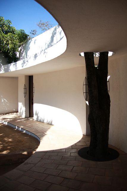 En Oaxaca la fundación Harp Helú dotó los recursos para construir un centro cultural para la infancia.