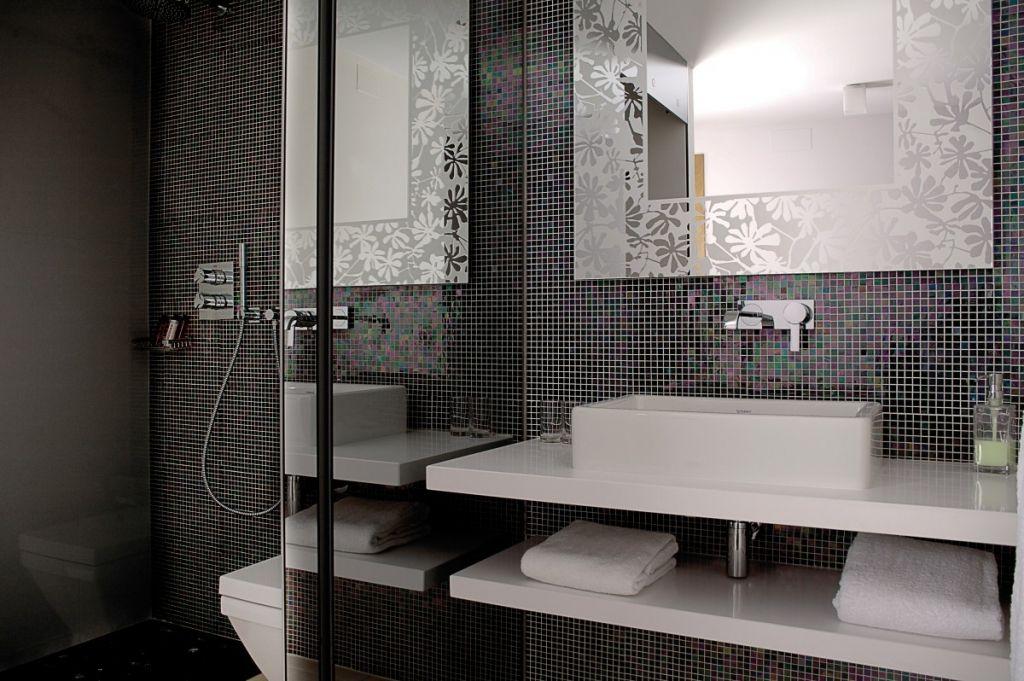 Dans votre pièce d\'eau ou dans votre douche, la mosaïque ...