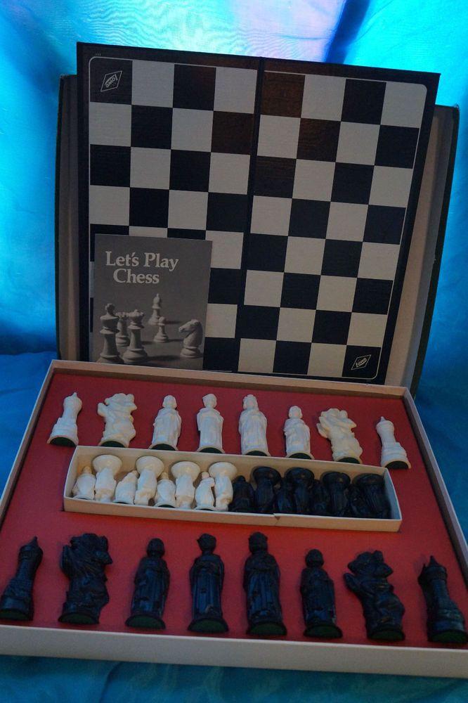Vtg Renaissance Chess Set E S Lowe 1979 Eslowe Chess