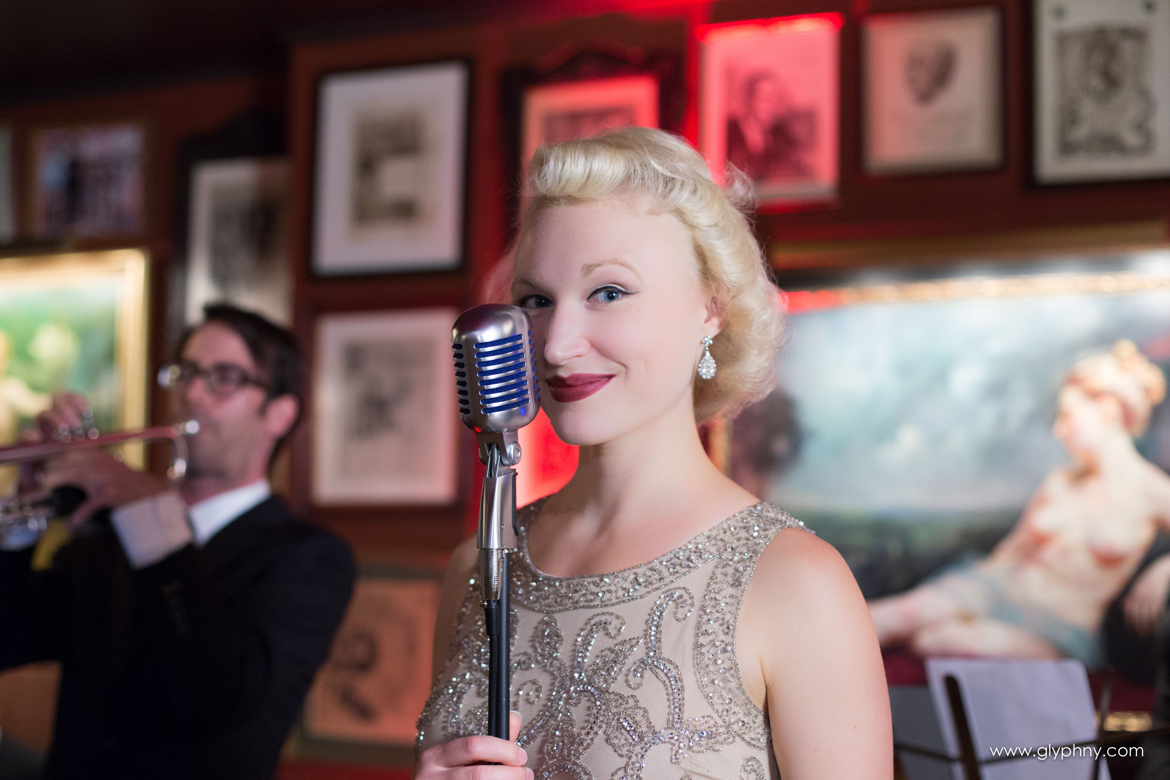 Music for your wedding day! Fleur Seule will bring elegant