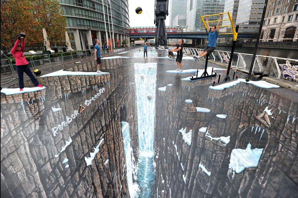 3d Street Art é a arte de desenhar com giz uma obra na mesma rua e viram de uma certa perspectiva nos dá a impressão de ser uma obra em três dimensões.