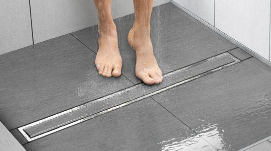 Schluter modern shower drain.  재료분리 joint detail  Pinterest  목욕 ...