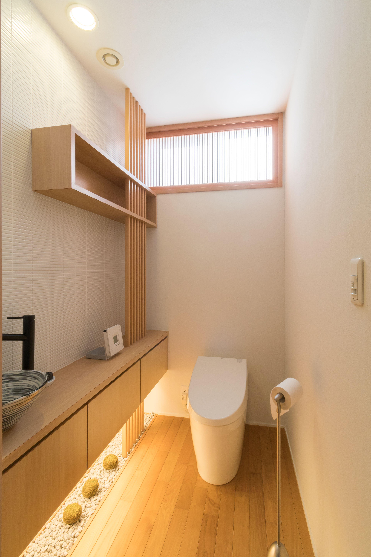 広島の注文住宅の設計 施工ならトータテハウジング トップページ 和モダン トイレ 間接照明 Diy 注文住宅