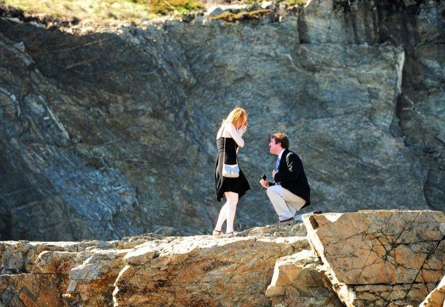 Brendan + Ellen | Proposal! | Cliff House Proposal | Ogunquit, Maine Proposal Photographer | www.justinejohnsonblog.com