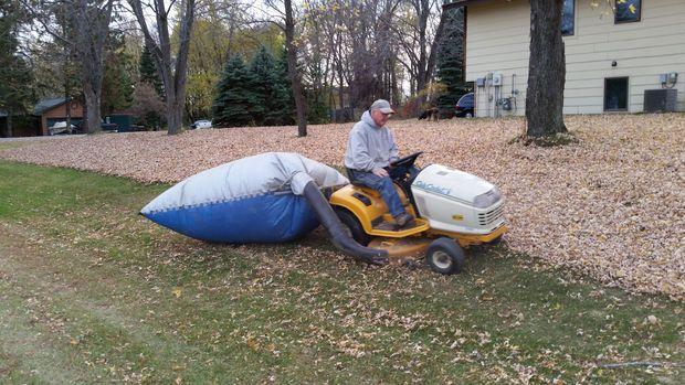 Tarp Leaf Bagging System Lifehacks Lawn Vacuum
