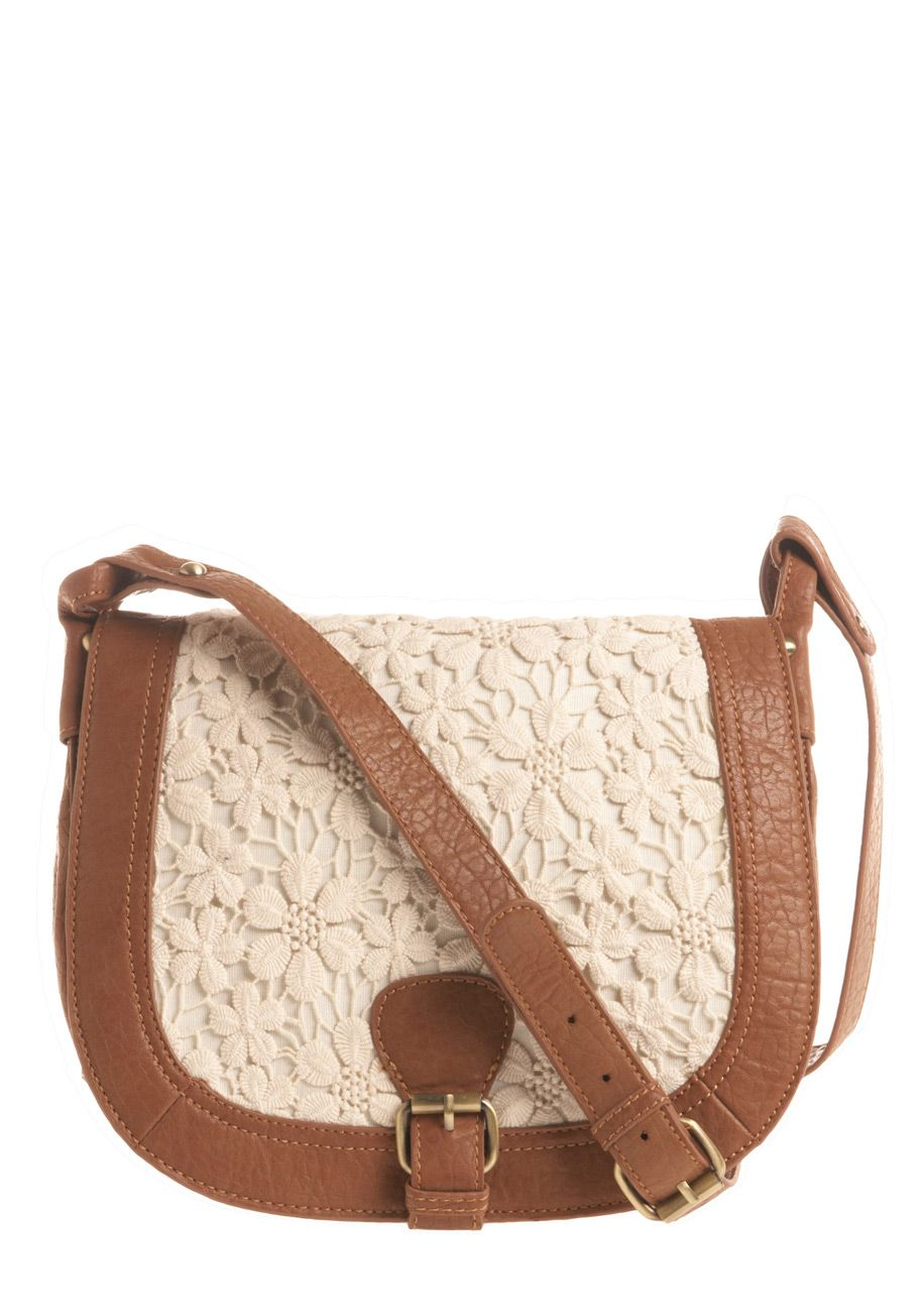 I have so much lace in my wardrobe that this shoulder bag would fit in so wonderfully!