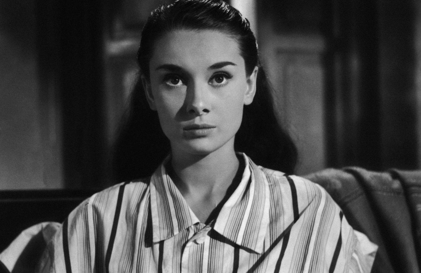 Not Leaving The House Anytime Soon Upgrade Your Pajama Game Audrey Hepburn Hair Audrey Hepburn Audrey Hepburn Roman Holiday