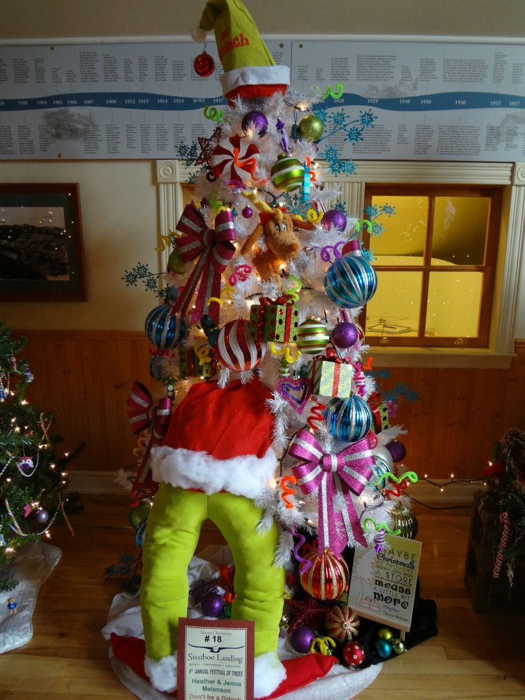 Christmas Stuff.Grinch Tree Lol Still Think Of Grandpa When I See Christmas