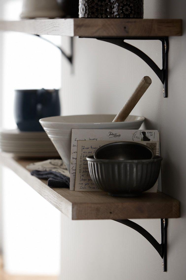 shaker kitchens shaker kitchens wooden worktop kitchen. Black Bedroom Furniture Sets. Home Design Ideas