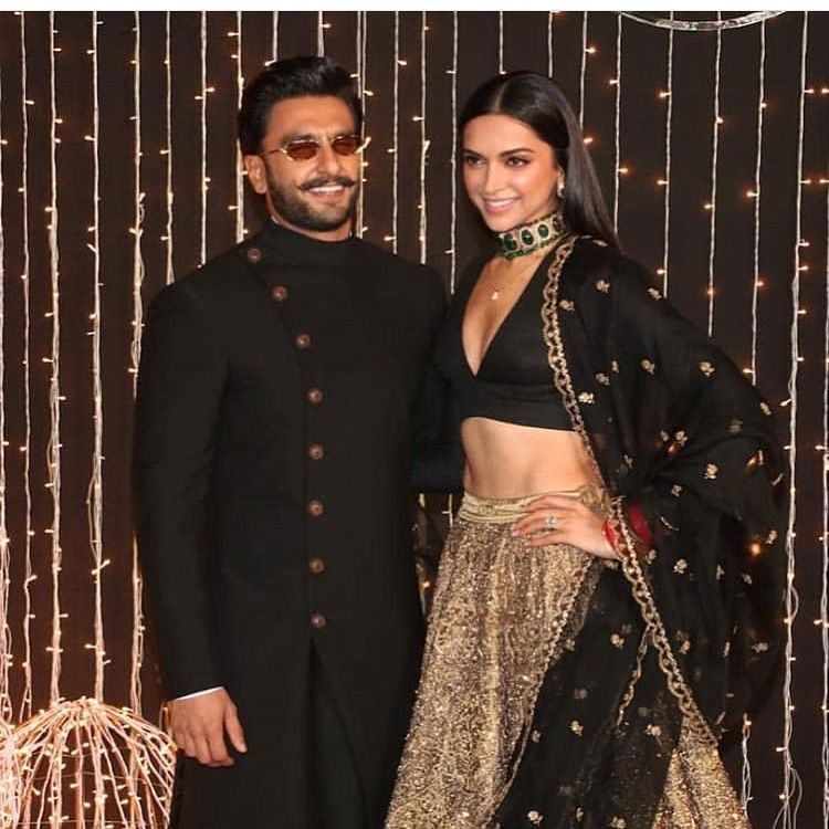 Deepika Padukone And Ranveer Singh Won Our Hearts With Their Ravishing Appearance At Priyanka Nick S Reception Hungryboo Indian Celebrities Indian Wedding Outfits Bollywood Fashion