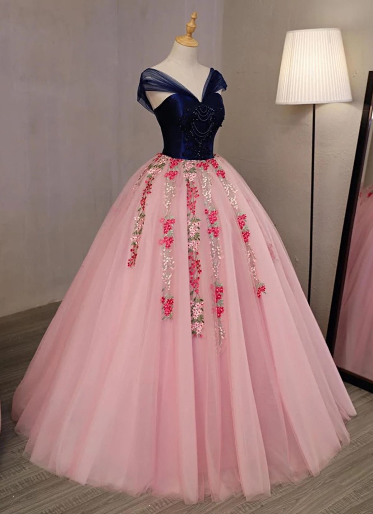 Pink embroidery tulle v neck long beaded evening dress navy blue