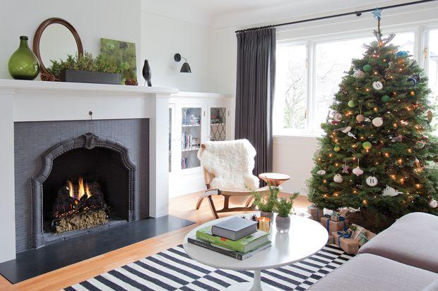10 Christmas Tree Decorating Ideas LUSH, Christmas tree and Decorating