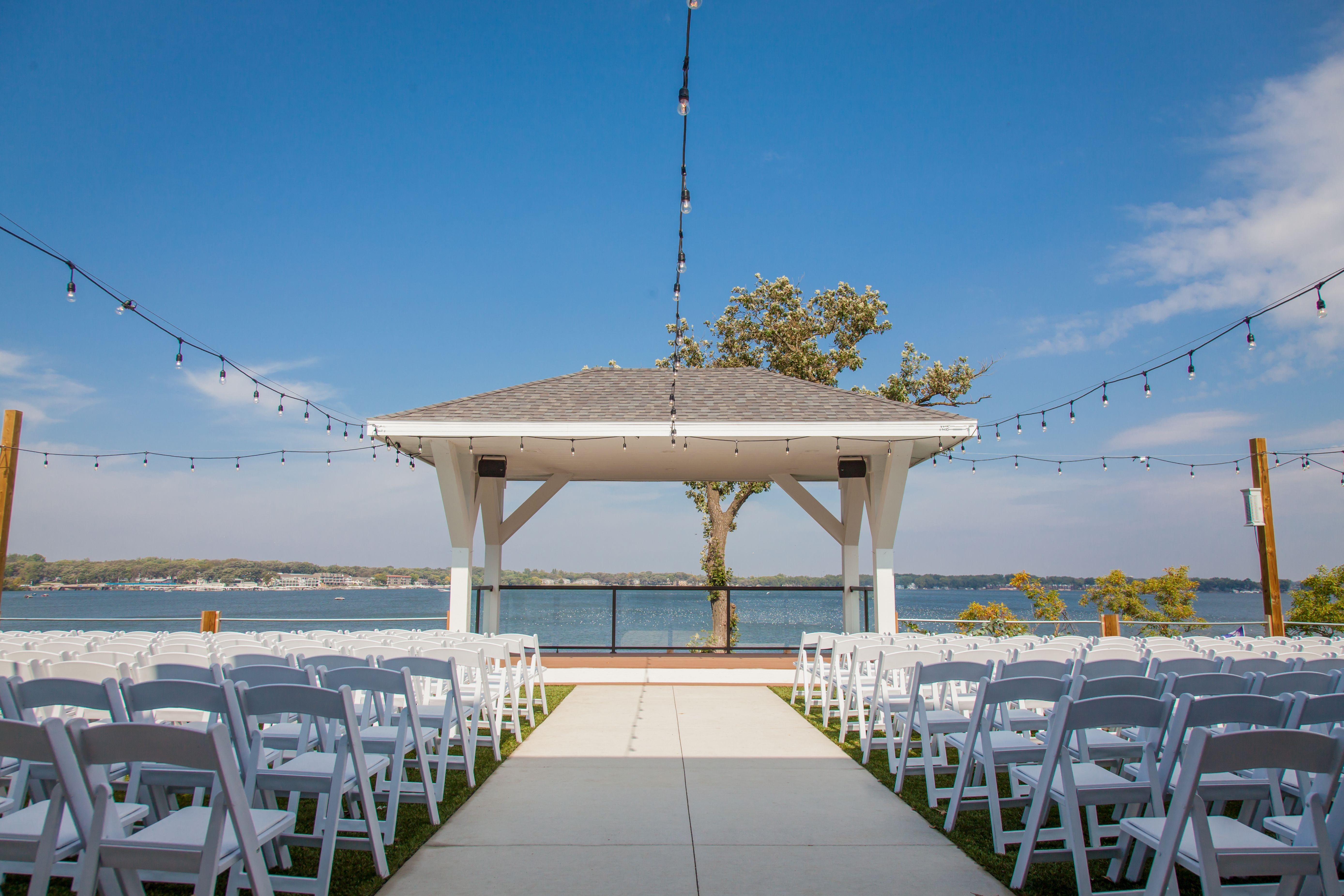 Waterfront Gazebo Overlooking Beautiful East Lake Okoboji Lakeside Wedding Venues: Okoboji Iowa Wedding Venues At Reisefeber.org
