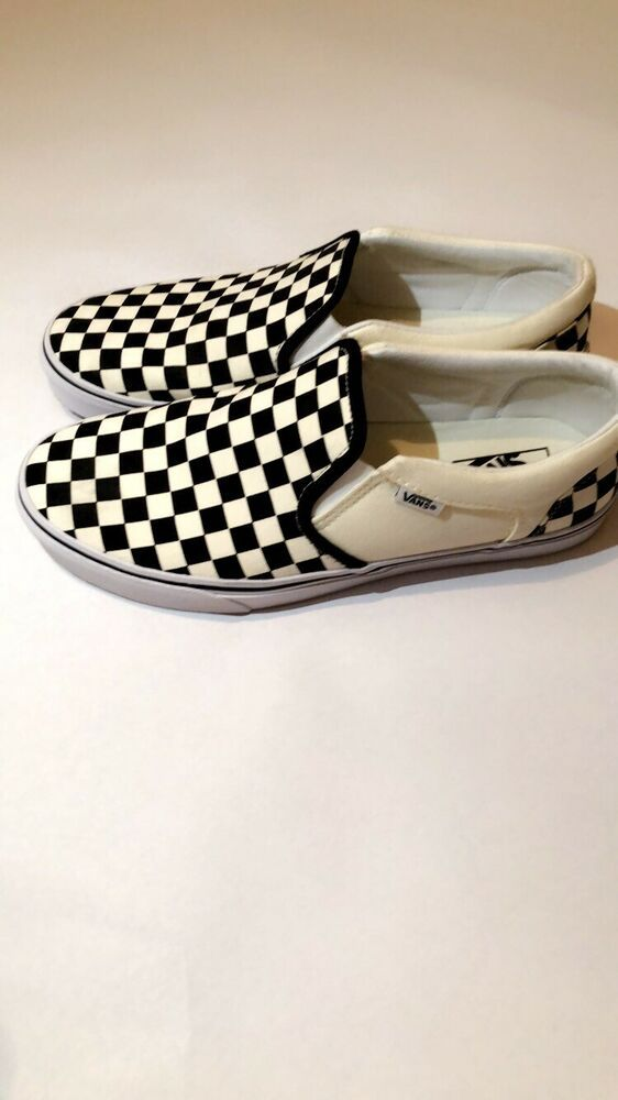 58af8714f30c NEW Vans Classic Slip On Checkered Checkerboard Black Off White Mens Skate  Shoe  fashion