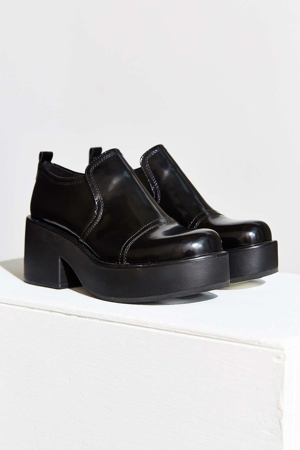 Vagabond Emma Boot - Urban Outfitters Sko Hæle, Flade Sko, Sandaler, Høje  Hæle 77b76a0874