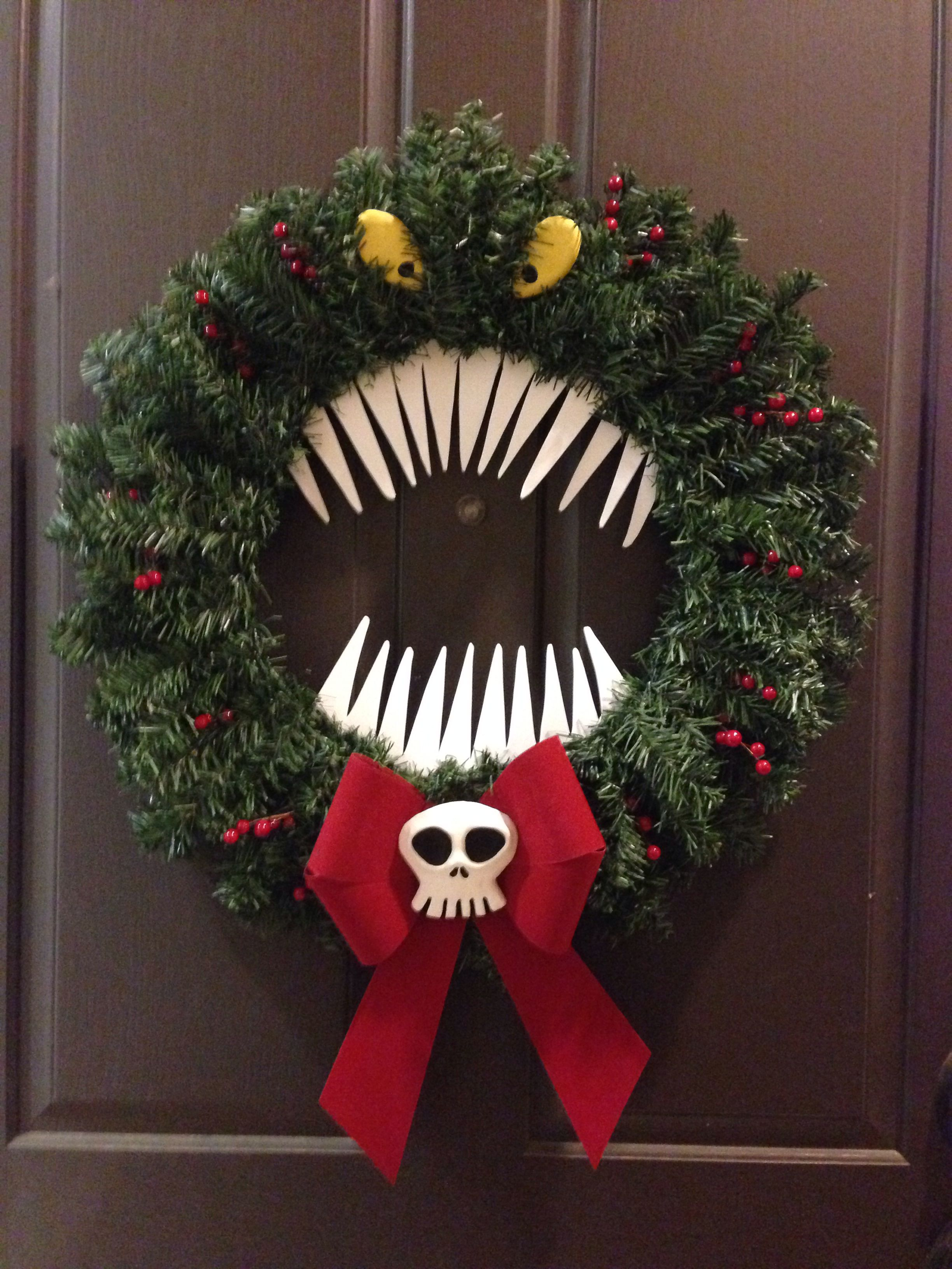 Man Eating Wreath Inspired From The Nightmare Bef Nightmare Before Christmas Wreath Nightmare Before Christmas Halloween Nightmare Before Christmas Decorations