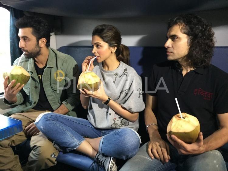 En Route To Delhi By Train Ranbir Deepika Sip On Some Coconut Water Ranbir Kapoor Deepika Padukone Deepika Padukone Ranbir Kapoor
