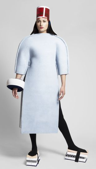 C O S T U M E V O L U M E - Clash Project curated by Matylda Krzykowski - Fashion Clas 2014 - costume design by I O I A  www.ioia.nl
