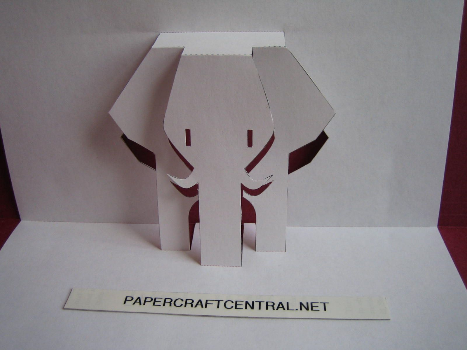 A cards fold and pop up on pinterest pop up cards pop for Kirigami paper art