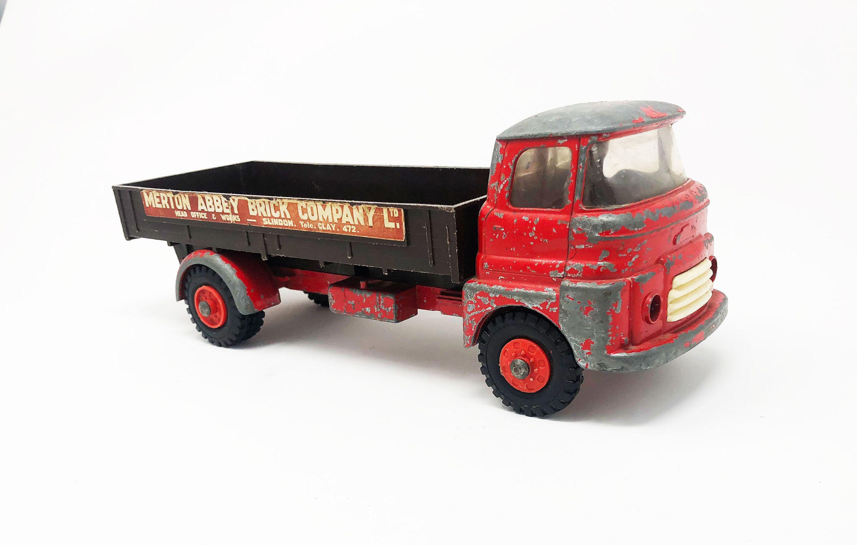 Vintage Tri Ang Merton Abbey Brick Company Metal Model